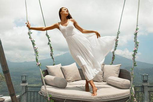 sonhar com vestido branco