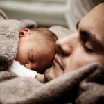 Sonhar com bebê recém-nascido